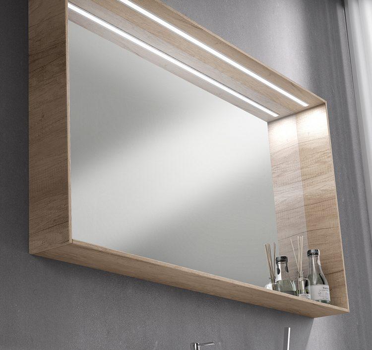 Metro 2 detalle espejo Lineal con leds